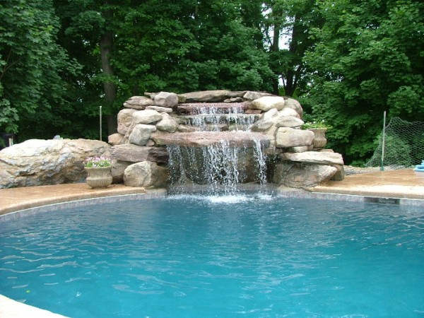 Waterfall Pool - Grandview Landscape